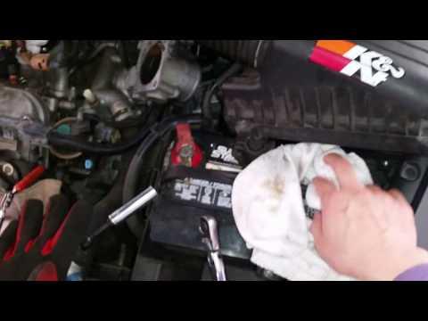 2004 - 2006 Acura TL Knock Sensor Removal (explained)