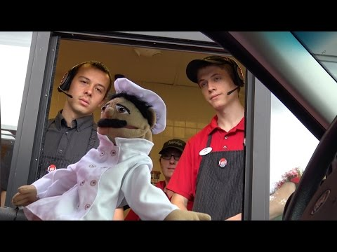 Download Youtube: PUPPETS IN THE DRIVE THRU