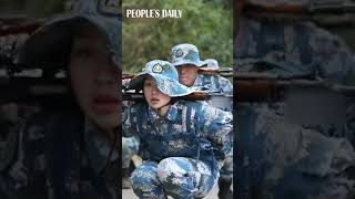 Footage of the daily training of a female soldier in #PLA Navy-Marine Corps is revealed