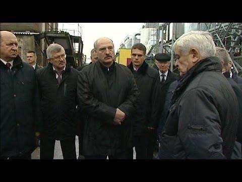 Смотреть Жёсткие кадровые решения Лукашенко: уволен Батура и Тур, Кобякову - выговор онлайн
