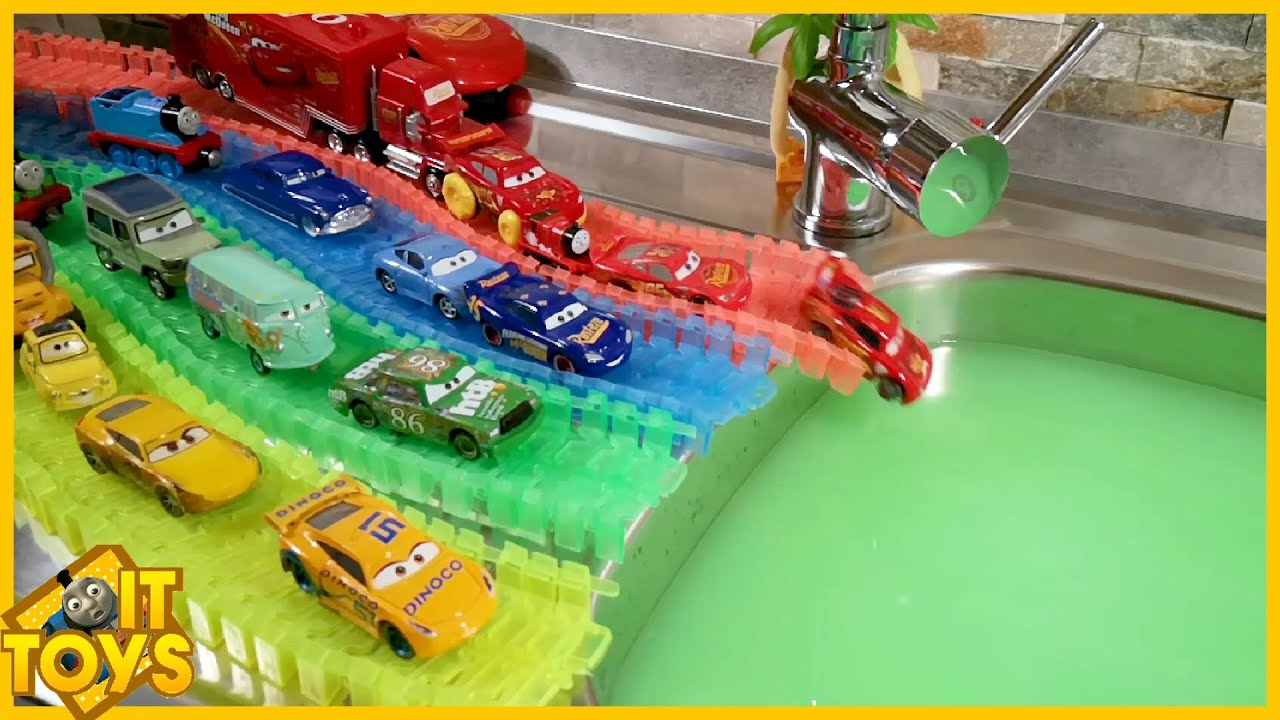 Colorful streets #1 Disney Cars 3 toys review with learn colors and Baby Shark song