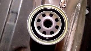 видео Как выполняется замена масла в двигателе ваз 2111