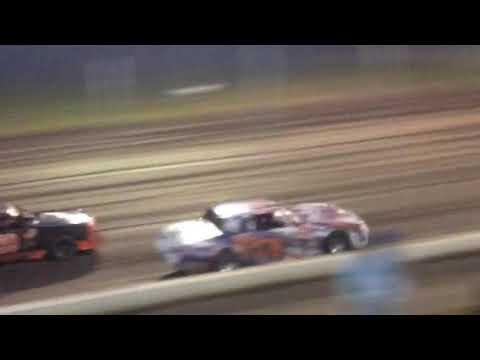 Lane Chew heat race at lakeside speedway 9/8/17