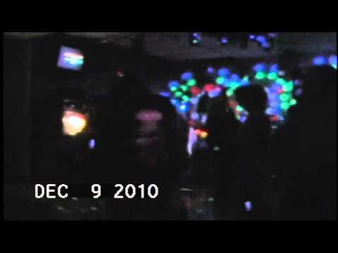 Play Something Country - Who said Karaoke wasn't live music?