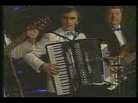 The Richie Kelly Ceili Band