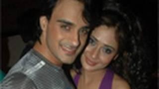 Angad-Sara back together in Zee TV's 'Ram Milaayi Jodi'