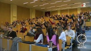 Sans frontières - Les étudiants français de psycho envahissent les amphis belges !