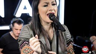Andra - Iubirea Schimba Tot (LIVE Kiss FM)