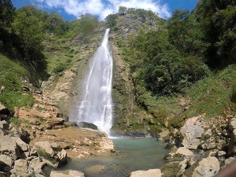 Поход по горным водопадам Грузии