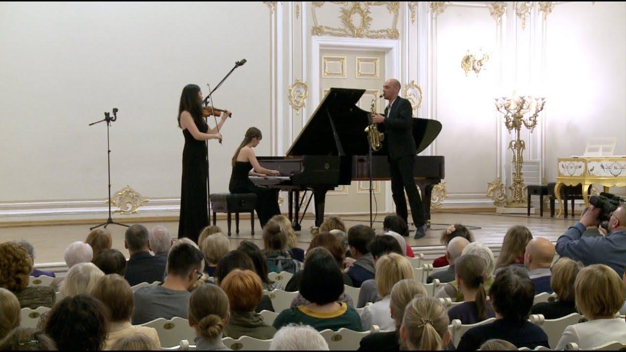 Trio Klavis - Michael Haydn, Divertimento No. 2 MH6