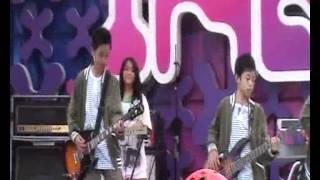 Vandys - Apa Itu Cinta Inbox SCTV 17-03-2012