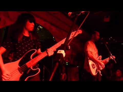 Yuck - Hold Me Closer - Shacklewell Arms, London - 7/4/18 mp3