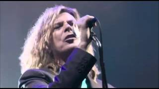 David Bowie - Heroes (Live at Glastonbury Festival 2000)