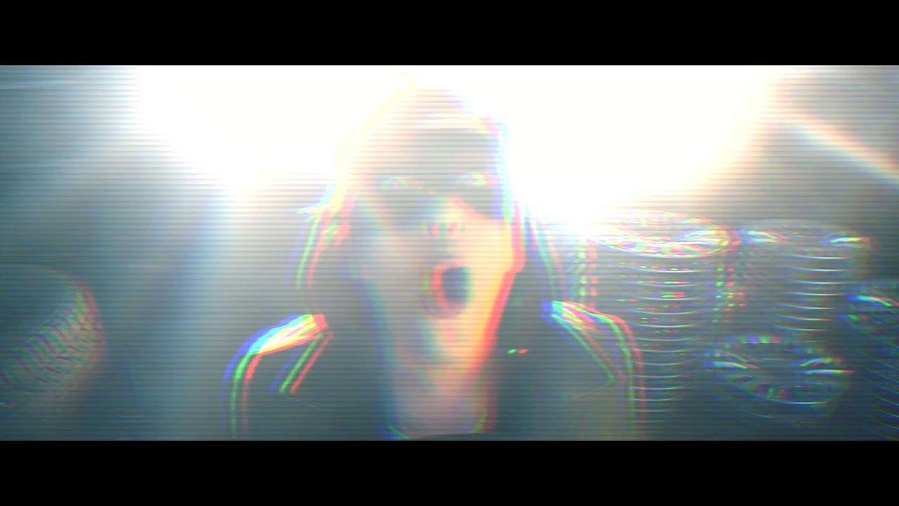 Dari sedia elettrica official video youtube for Sedia elettrica youtube