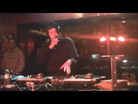 DJ EDAN @ THE GOODNESS CHICAGO- JOHNNY THE FOX ROUTINE