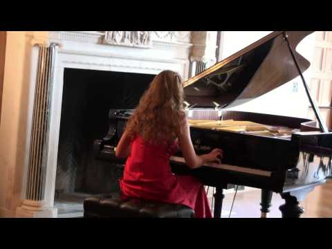 Pianist Svetlana Smolina plays Chopin Scherzo No. 2 Op. 31 in B flat minor