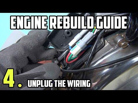 Unplug the engine wiring - Vespa LML Engine rebuild tutorial Part 4