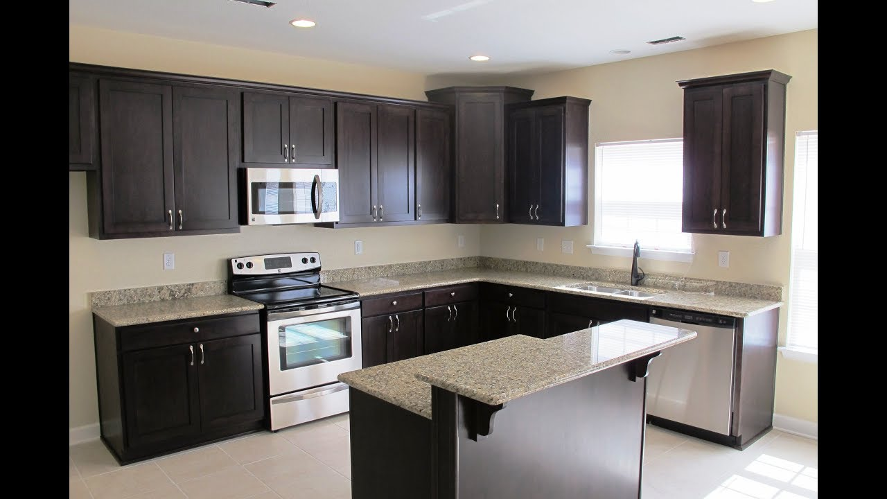 espresso kitchen cabinets with granite espresso cabinets with what color granite 8877