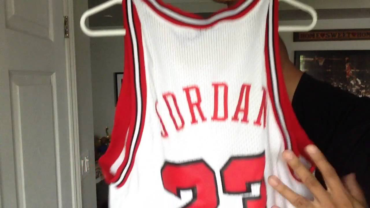 c21a81421647 Chicago Bulls Michael Jordan Rookie Jersey - YouTube