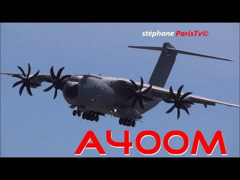 Incredible maneuver of the A400M in Paris air show