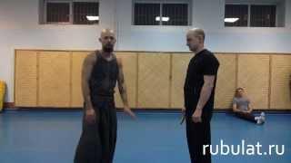 Приемы рукопашного боя против ножа.(Больше видео по самозащите в БЕСПЛАТНОМ курсе от Алексея Маматова: http://bit.ly/1dEBiJk забирайте!, 2014-01-19T12:02:26.000Z)