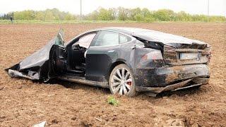 Accidente mortal con un Tesla Model S usando autopilot