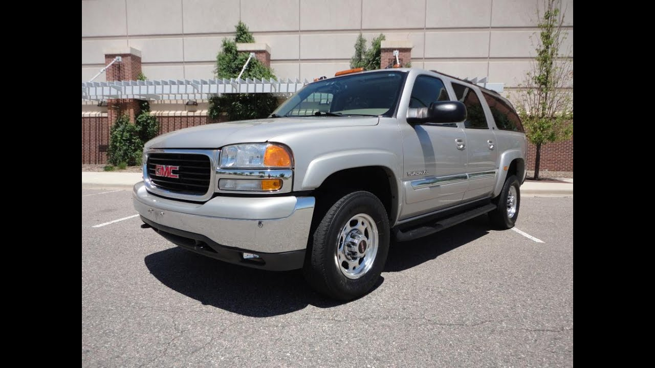 rare low miles quadrasteer 2004 gmc yukon xl 4x4 59k miles. Black Bedroom Furniture Sets. Home Design Ideas
