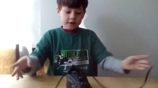 как завязывать шнурки, первое видео
