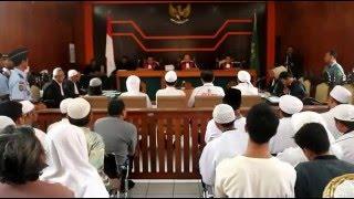 Download Video Sidang Abu bakar Ba'asyir MP3 3GP MP4