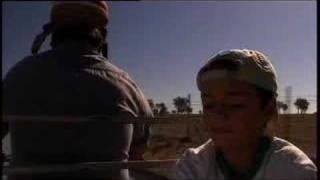 Atrás das Nuvens - Trailer 2007