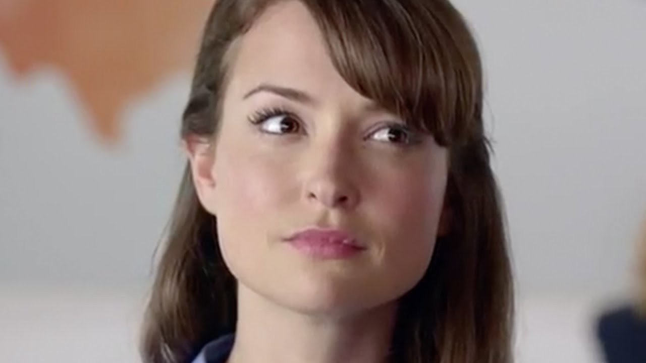 What You Dont Know About That Att Commercial Girl Youtube