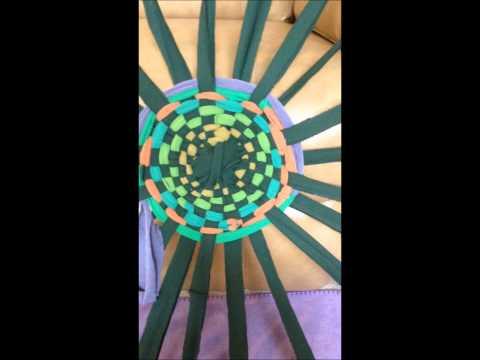 Hula-Hoop Rug Tutorial