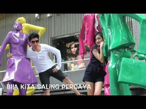 Candy Fiequria - Saling Percaya (Feat.Ifan Govinda) Video Lyrics