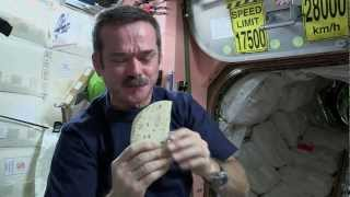 Chris Hadfield's Space Kitchen(2013-02-18 - Canadian astronaut Chris Hadfield shows us his