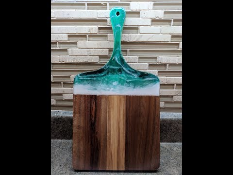 Cutting/ serving board with Ocean design - Easy Epoxy Resin tutorial