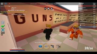 ROBLOX JAIL BREAK MY friend IS PLAYING !!!!!!