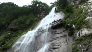 圧巻・大迫力の北精進ヶ滝の滝つぼ(日本の滝100選)