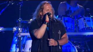 Play Simple Man (Live At Freedom Hall)