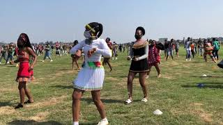Mr President, CHALLENGE ACCEPTED! Curro Hillcrest doing the Heritage Day Jerusalema dance.