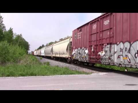 Ontario Trip 2017 Video 95 of 111 CP Mixed Train East @ Newtonville 29MAY17 AC4400CW 9783 Leading