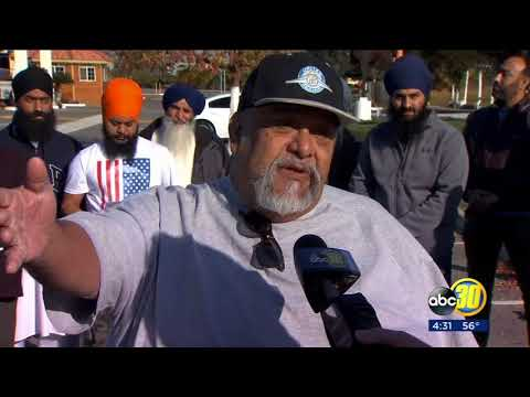 Truckers protest new federal mandate in Fresno