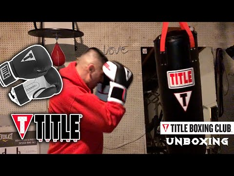 UNBOXING TITLE BOXING HEAVY BAG & TITLE GEL GLOVES REVIEW @TITLE Boxing