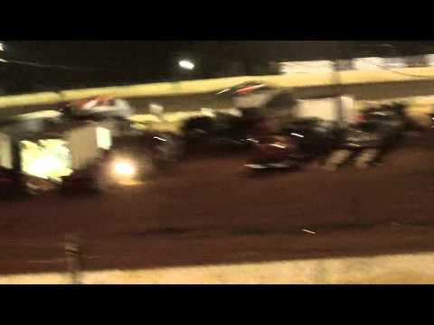 lake cumberland speedway dustin duncan 8-6-11 openwheel feature part3