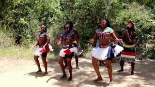 Kenya Busy Traditional Dancers