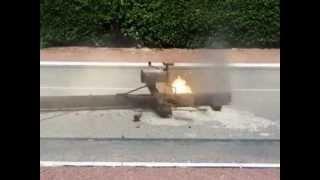 Accident à Paris sur la route des Champs Elysées!!!