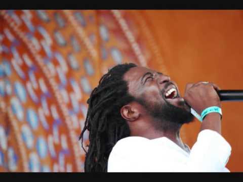 Yami Bolo - Jah jah loving feat. Shalom