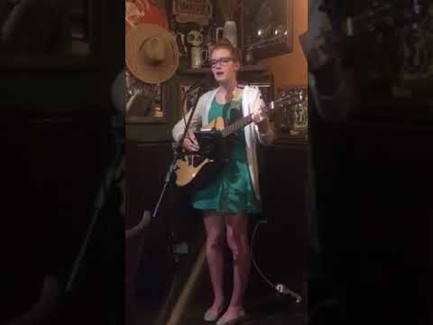 Shake Sugaree by Elizabeth Cotten covered by Brienne White
