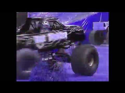 Monster jam  Spin me round