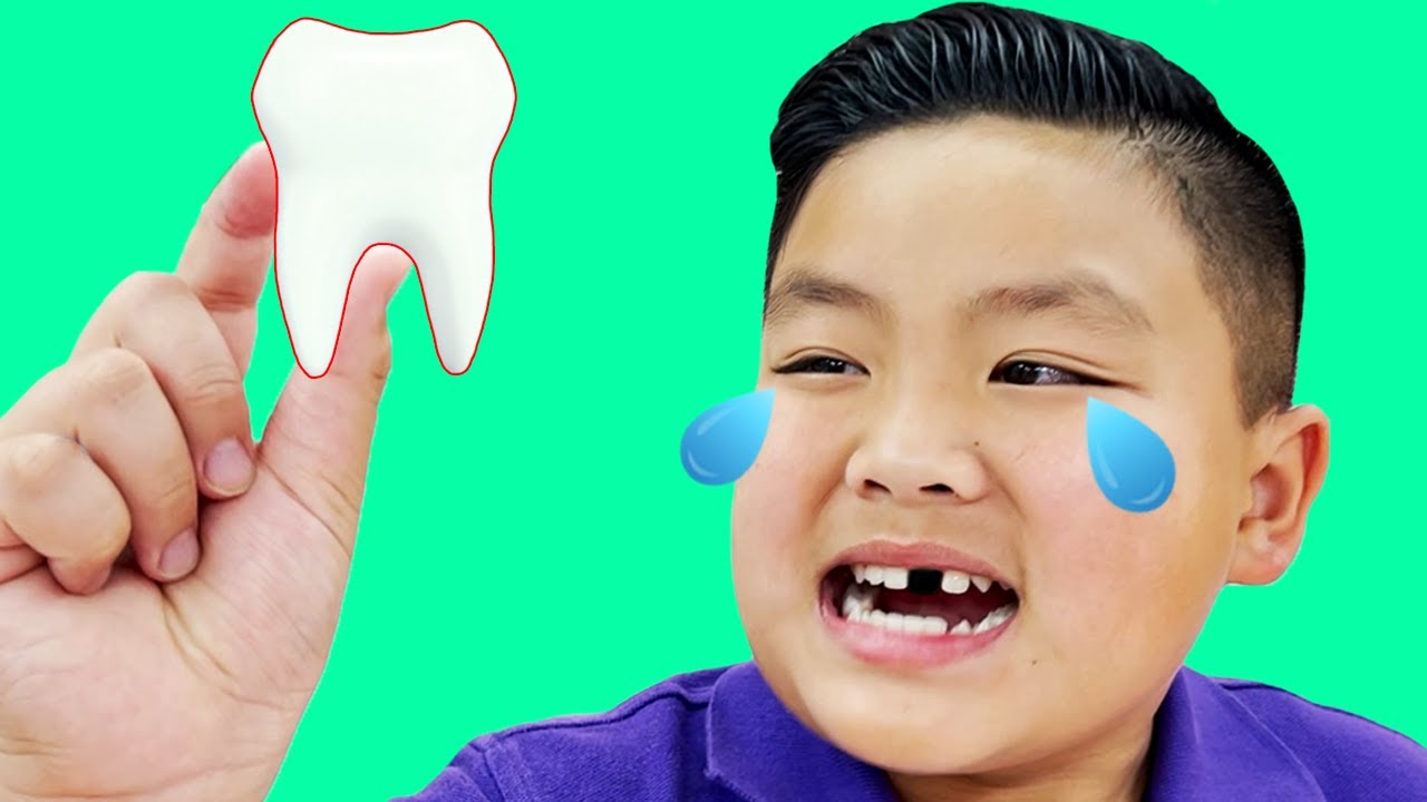Alex Pretend Play Loose Tooth with Funny Tooth Fairy Pokemon Battle
