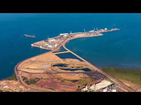 Labor calls for Darwin Port to be reclaimed from Chinese company